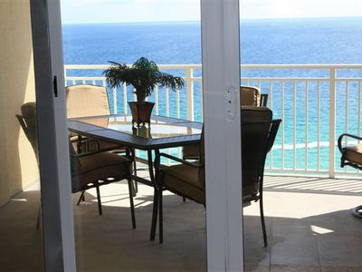 Emerald Beach Resort condo rental - Brand New Balcony Furniture Very Upscale !