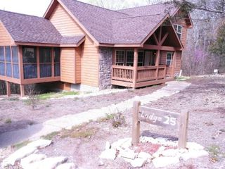 Branson lodge photo - Beautiful walk-in lodge with screened porch