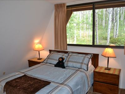 Double bed room with great views of aspen forest.