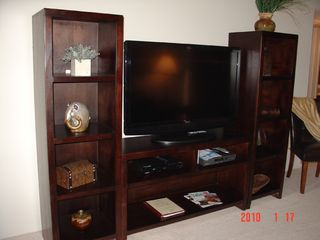 Scottsdale condo photo - Entertainment center 46' HDTV & Blue Ray DVD