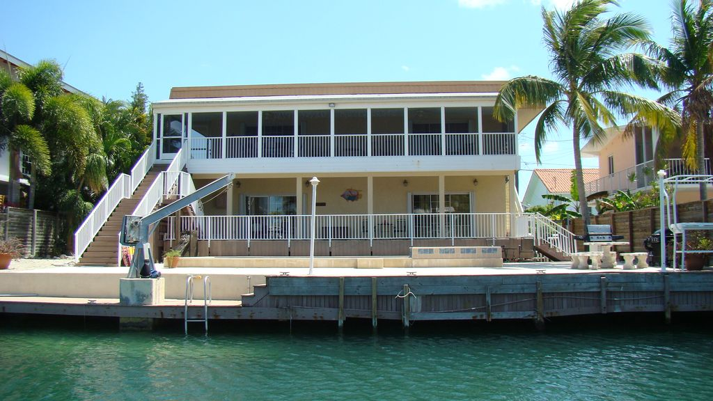 Vrbo islamorda florida keys vacation rentals for Venetian shores