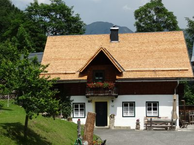 w gemütiches old farmhouse on 1100m above sea level, in a sunny, quiet location, Pets