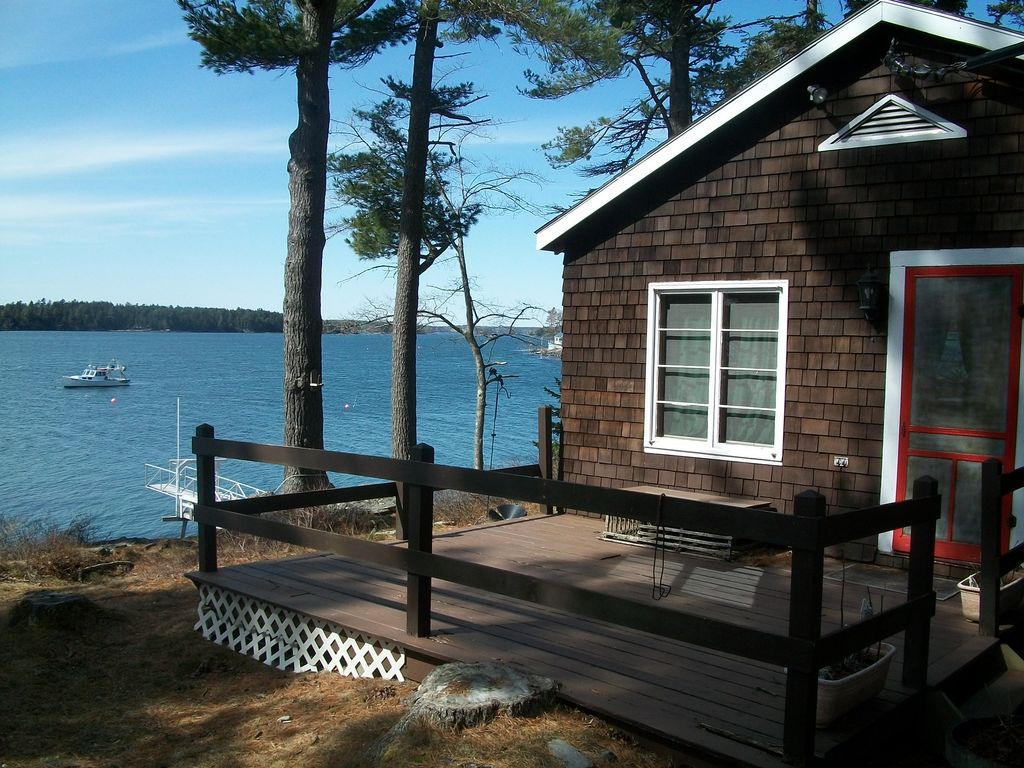Waterfront cottage near bath maine homeaway west bath for Waterfront cottage
