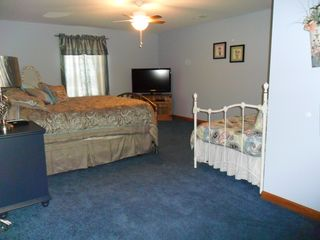 Brethren house photo - Lower level bedroom with queen and day bed, 42 inch HD TV