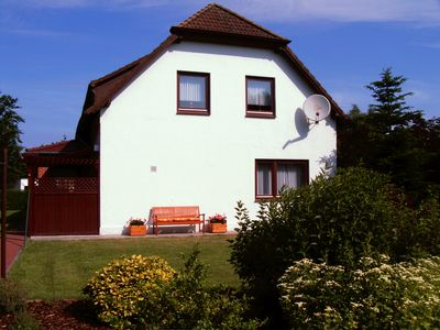 Quiet location, 200 m to the North Sea, large garden, Non smoking, WiFi