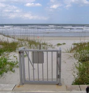 Direct Beach Access -- No Long Walk Overs!  This is the best of 'old' Florida!