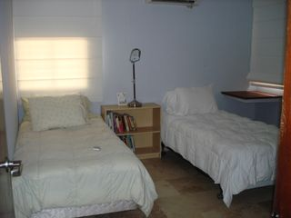 Guaynabo house photo - Two twin size beds #3