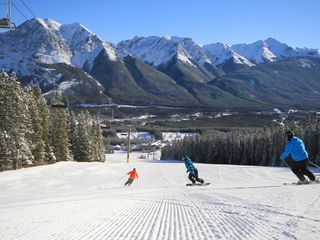 Canmore condo photo - 4 amazing ski & boarding resorts, Lake Louise, Nakiska, Norquay and Sunshine!