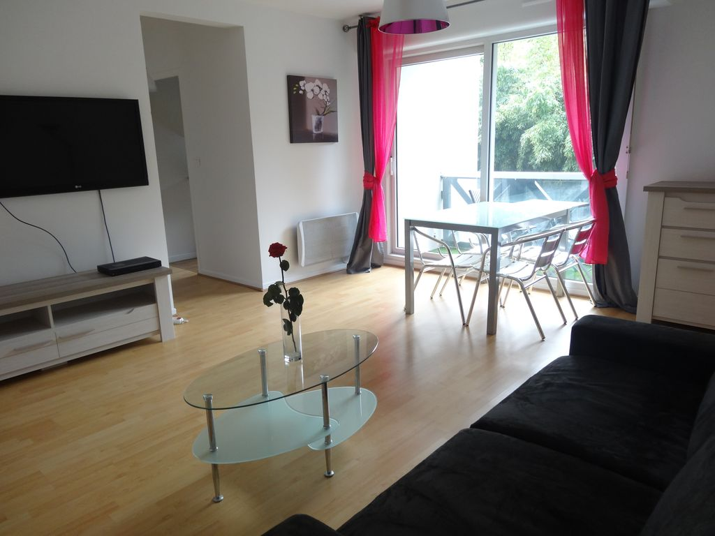 T2 mobilier neuf anglet limite biarritz plages 5min for Mobilier anglet