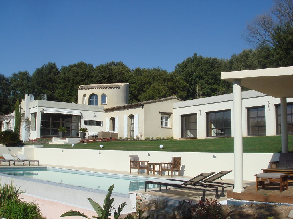 Air-conditioned accommodation, great guest reviews , Biot, Provence and Cote d