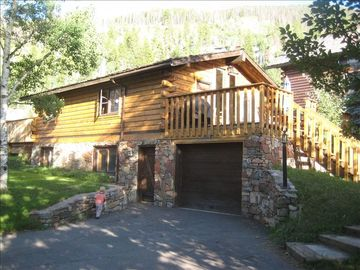 Innsbruck Meadows cabin rental - Larkspur Lodge