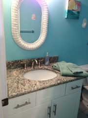Fort Myers Beach condo photo - new bathroom vanity with granite countertop