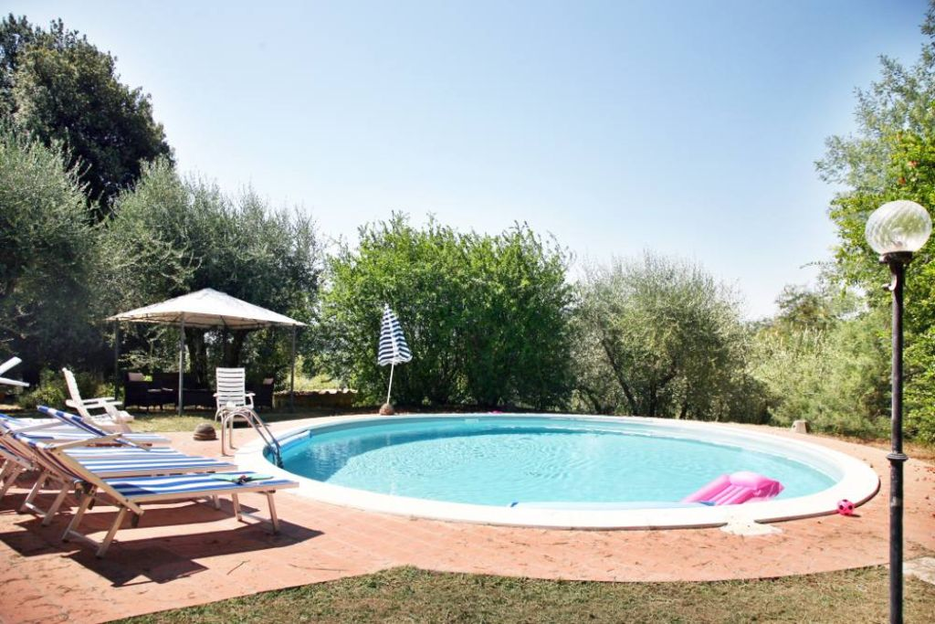 Holiday house, 280 square meters , Montecarlo