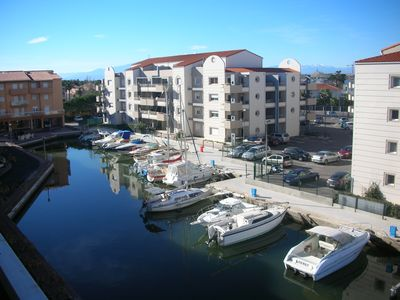 Appt T2 -mezzanine,, 50m from the beach, located in Canet's marina