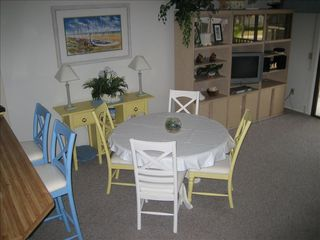 St. Augustine Beach condo photo - Coastal Decor: Dining area