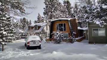 Meadowbrook Estates cabin rental - Wintertime