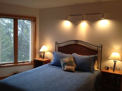 Queen bedroom. Window faces lake.