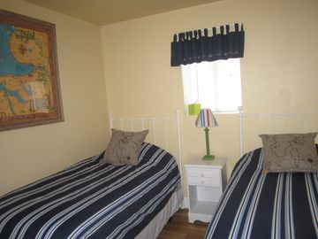 Third Bedroom - Twin Beds