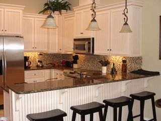 Silver Sands Beach house photo - Kitchen, Breakfast Bar