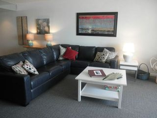 Golden Sands Ocean City condo photo - LIVING ROOM