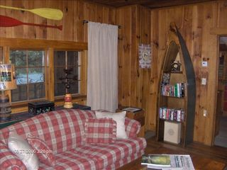 Highlands cabin photo - Family Room Stocked with Books, Magazines and Scented Candles.