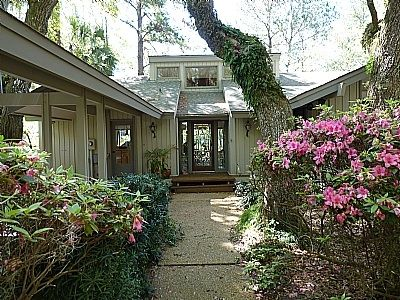 Private Homes Vacation Rental Vrbo 3564663ha 3 Br South Beach House In Sc Charming Pet