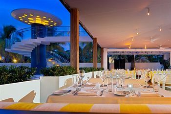 Miami Beach condo rental - Restaurant Viper