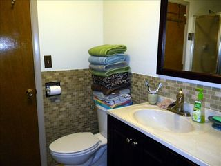 Bartlett chalet photo - Remodeled Bathroom