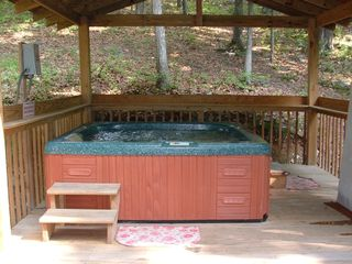 Bushkill house photo - 6-Person Jacuzzi