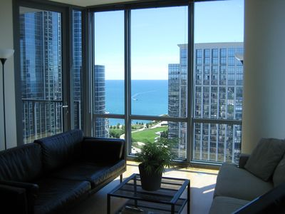 2 Bedroom/2 Bathroom Condo, one block to Lake Michigan & Soldier Field