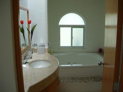 Bath with Jacuzzi in Master-suite