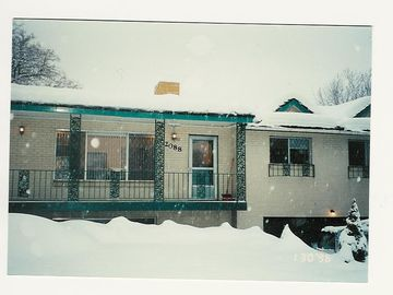 Cottonwood Heights house rental - Finch Vacation House in Winter. Yes we do get snow in the Valley