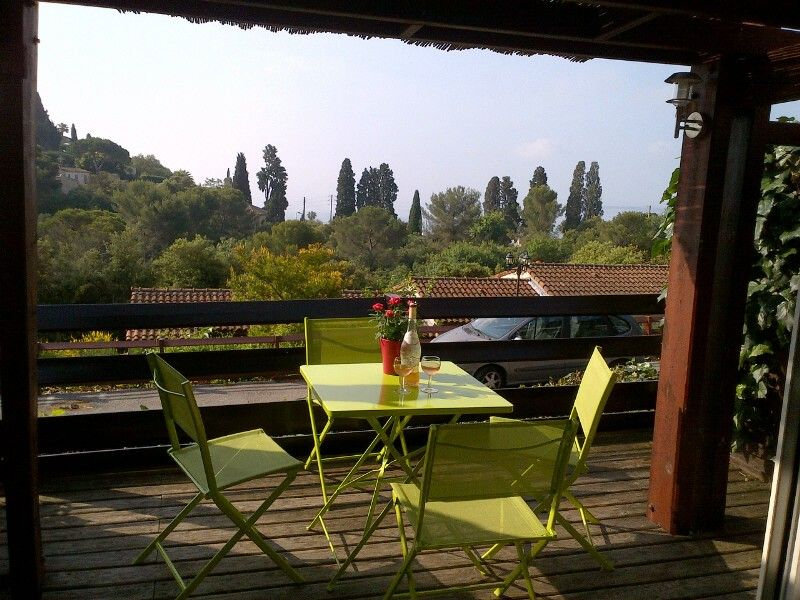 Quiet air-conditioned accommodation, 32 square meters, with pool