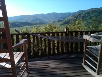 Gatlinburg cabin rental - Front Porch