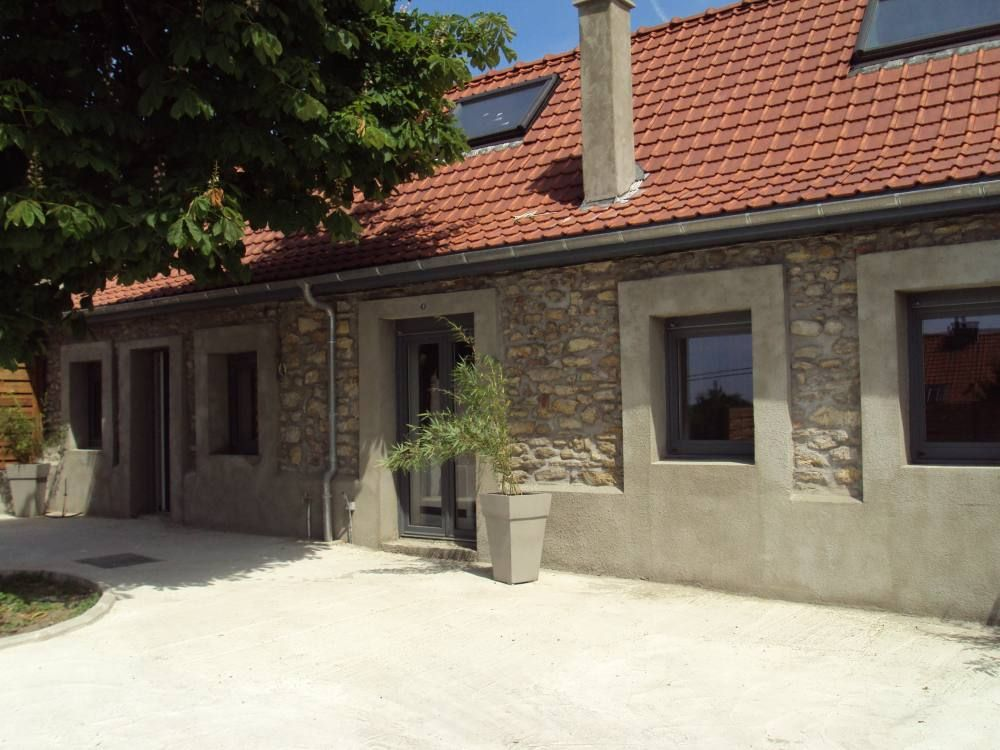 Accommodation near the beach, 105 square meters,