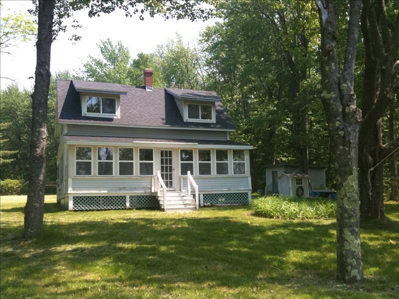 Chebeague island maine ocean front cottage vrbo for Beach front cottage