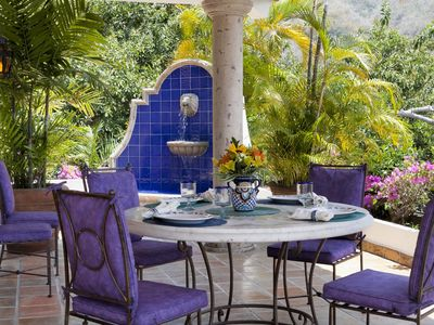 Imagine having breakfast or lunch out on the patio overlooking the pool!
