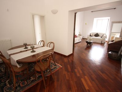 Colosseum area apartment rental - Colosseo Laterani Dining + Living