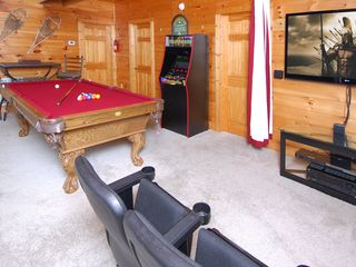 Wears Valley cabin photo - Game Room: 8' Pool Table, Arcade Video Game, Theater Room:60' TV, 6 Seats, VIEW
