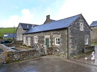 CAPEL, pet friendly, luxury holiday cottage in Lupton, Ref 904170