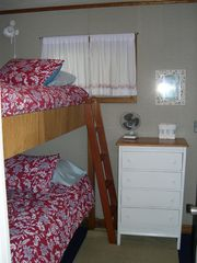 Portsmouth cottage photo - Bunk Room. Two full size beds.
