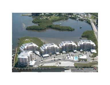 A bird's eye view of this luxurious condominium complex!