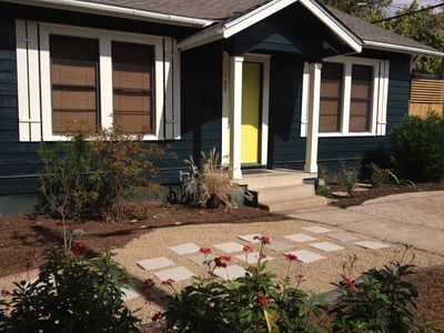 Renovated Downtown Bungalow 1 Block off South Congress