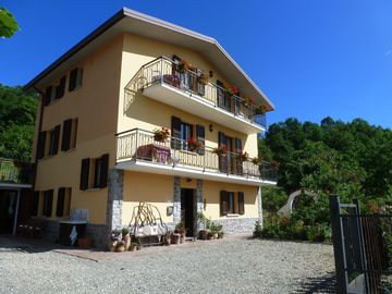 Reggio Emilia villa rental - Casa Appennino, set in the Tuscan Emilio National park