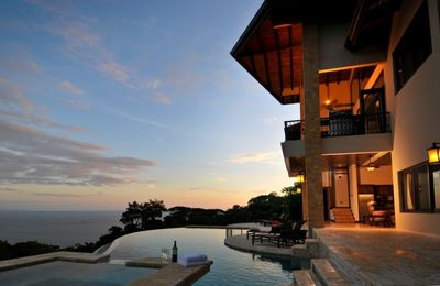 Welcome to Casa La Big Sur! Stunning sunset views from your infinity pool