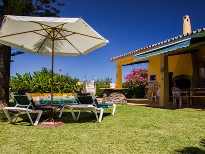 Fantastic Villas with pool & garden & private parking