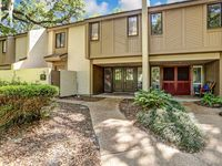Updated 3 bed/3.5 Beach Wood Condo - Great location and views!