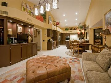 Large Breakfast Area, Family Room & Wet Bar