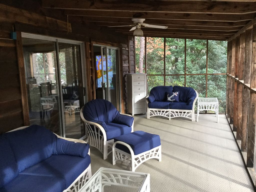 Party Bedroom Awesome Lake Lanier Cabin Retreat 5 Bedroom 3 Bath With Party