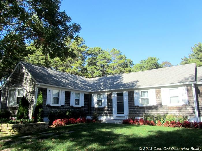 Truro vacation rentals house rentals homeaway for L shaped ranch house